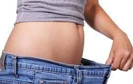 Test voor gezond afvallen, meet cholesterol en suiker in bloedwaarden